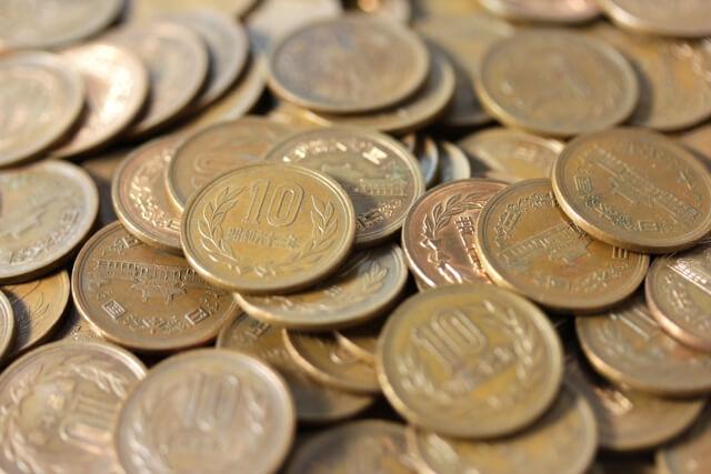 無数の10円玉